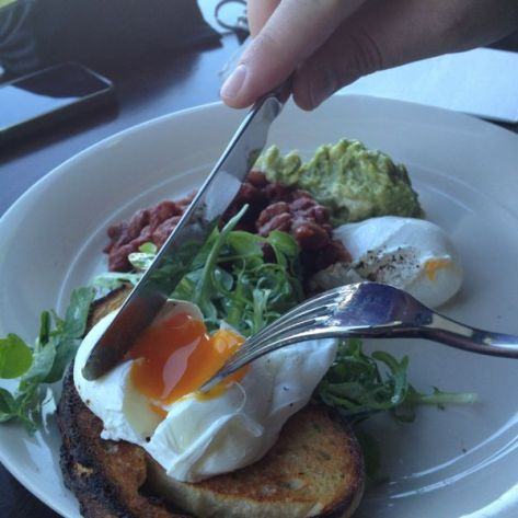 Poached eggs, bean ragout and avocado mash - Pic courtesy of Essjay